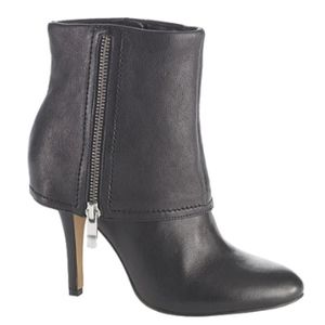 Vince Camuto $149 Black Fold Over Bootie Boot 7